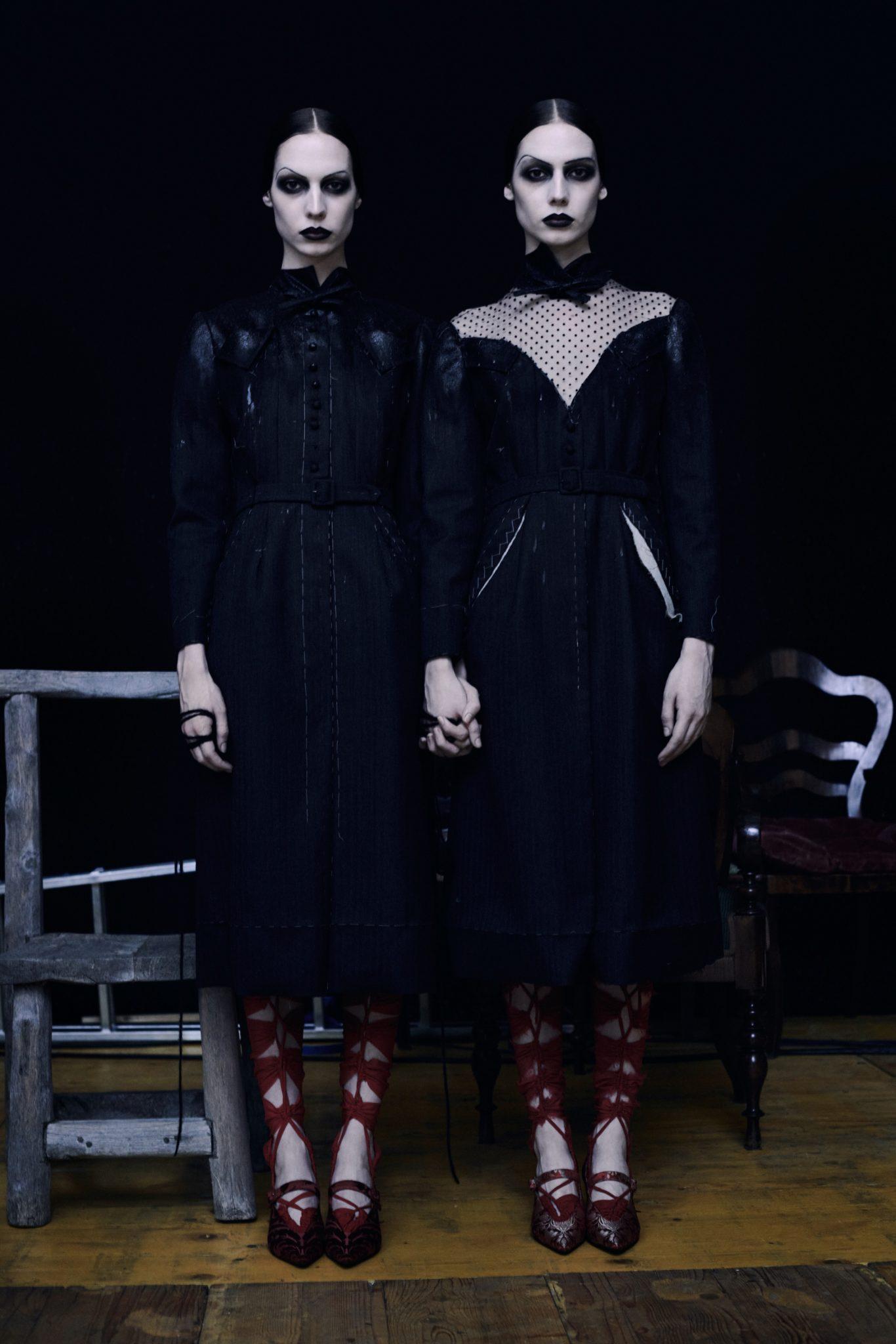 De SS21-collectie van Maison Margiela biedt stijlvolle inspiratie voor Halloween - 8