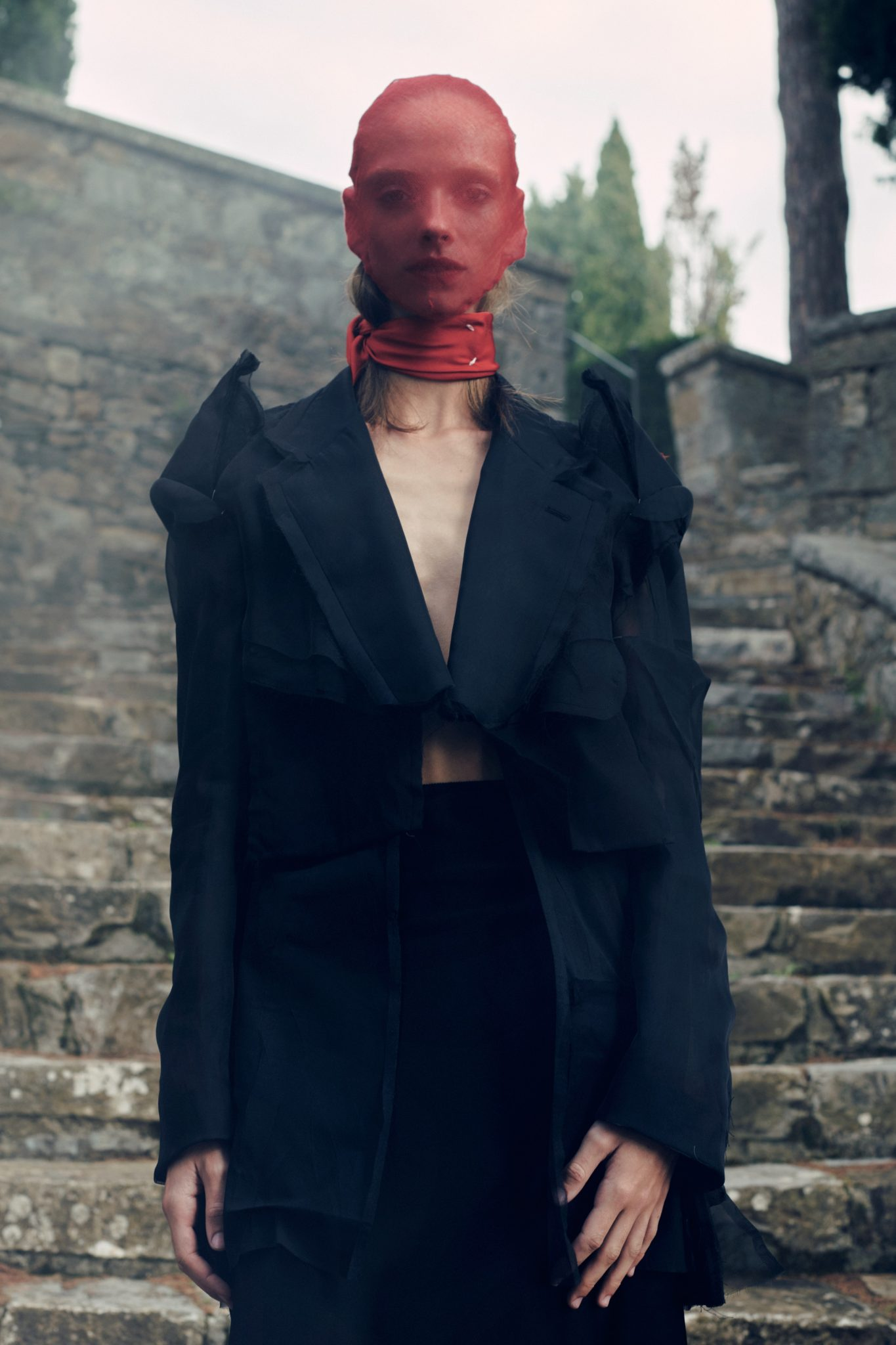 De SS21-collectie van Maison Margiela biedt stijlvolle inspiratie voor Halloween - 12