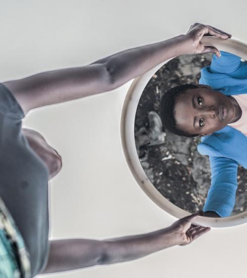 Fotografe Pamela Tulizo toont het andere gezicht van Congolese vrouwen