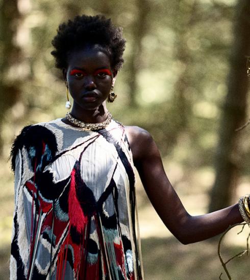 Anton Corbijn zoekt in nieuwe expo de cross-over op tussen fotografie en de modewereld