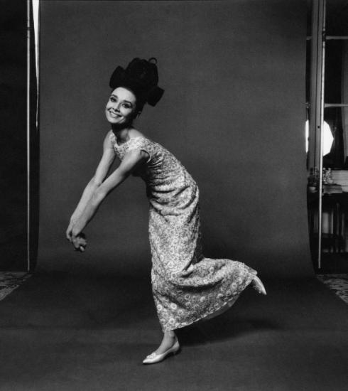 Audrey Hepburns iconische stijl in 10 foto's