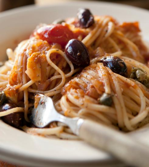 Masterclass: een Italiaanse chef verklapt zijn recept voor de ultieme pasta alla puttanesca