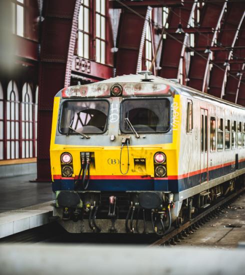 Een op de drie vrouwen mijdt openbaar vervoer uit angst voor 'ongewenst gedrag'