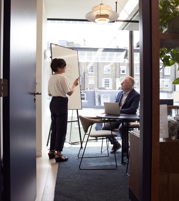 Genderongelijkheid op de werkvloer: vrouwen zijn slimmer, mannen rijker - 2