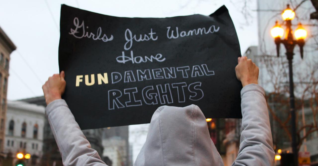 Vieren of protesteren? Elk land heeft zijn eigen traditie op Internationale Vrouwendag - 1