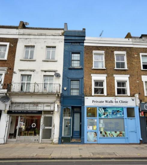 Binnenkijker: smalste huis in Londen staat te koop voor 1,1 miljoen euro