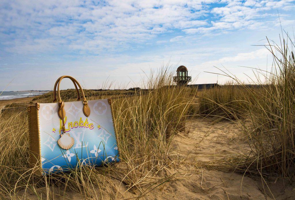 Louis Vuitton brengt opnieuw een ode aan Knokke met eigen handtas - 1