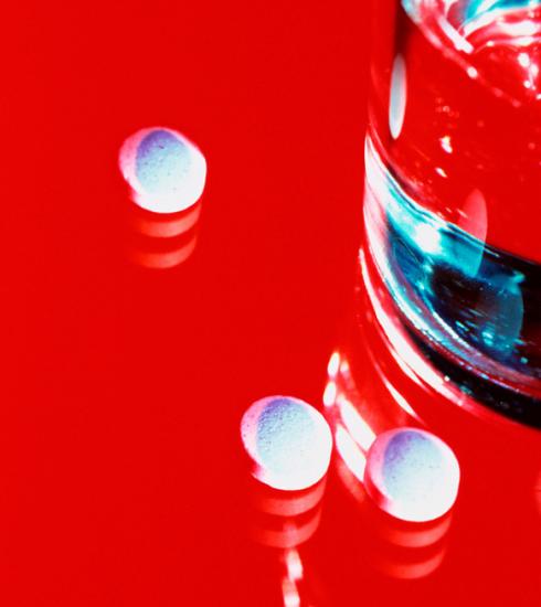 """""""De pil verhoogt het risico op trombose ook, en daar hoor je niemand over"""""""