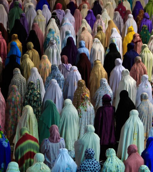 Online lezingen en ifta's buitenshuis: zo vieren moslims de ramadan in 2021
