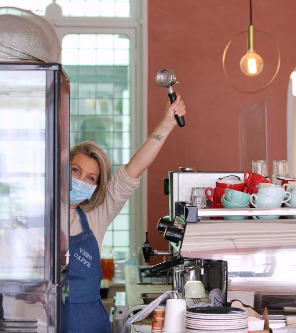 3 vrouwelijke ondernemers die hun eigen koffiebar uitbaten - 3