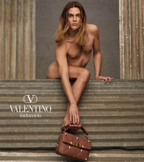 Nieuw campagnebeeld Maison Valentino doet stof opwaaien