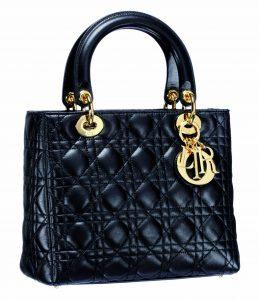 Ontdek de geschiedenis van de iconische 'Lady Dior'-handtas - 1