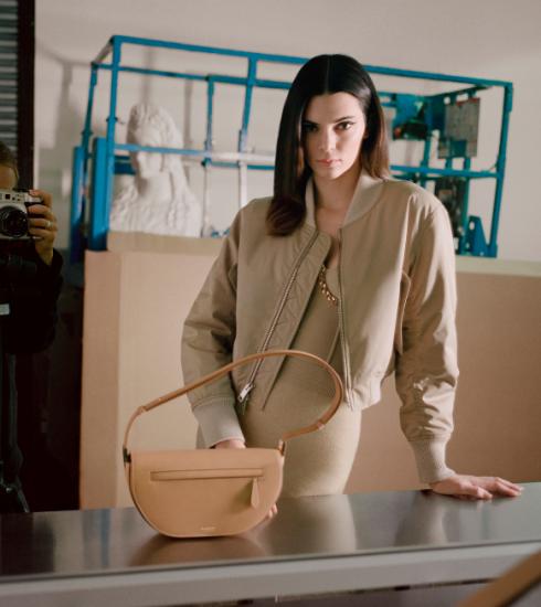 Burberry strikt FKA Twigs en Kendall Jenner als gezichten van de nieuwe 'Olympia'-tas