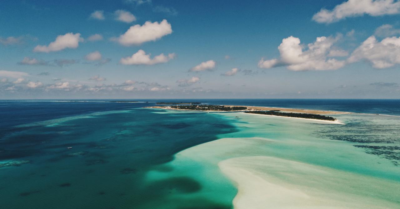 Deze 7 plaatsen staan wereldwijd bekend om hun helderblauwe stranden - 3