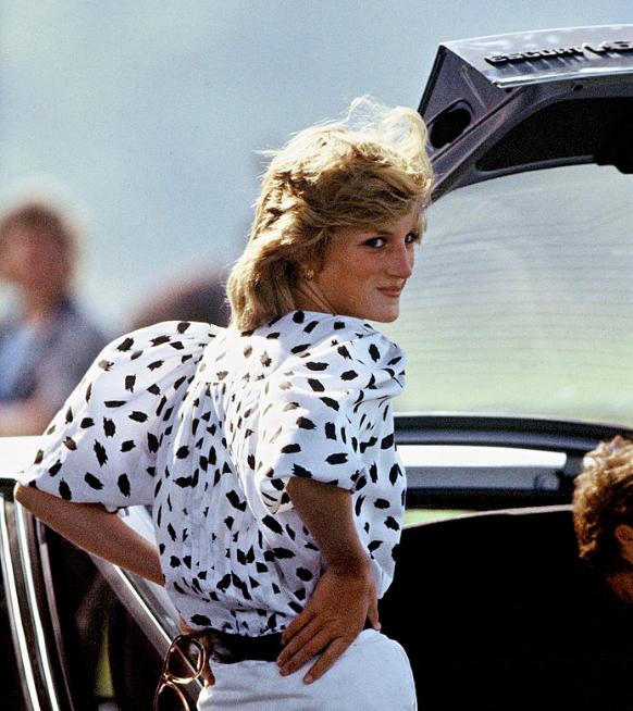 Hoe de pofmouw een comeback maakt dankzij prinses Diana