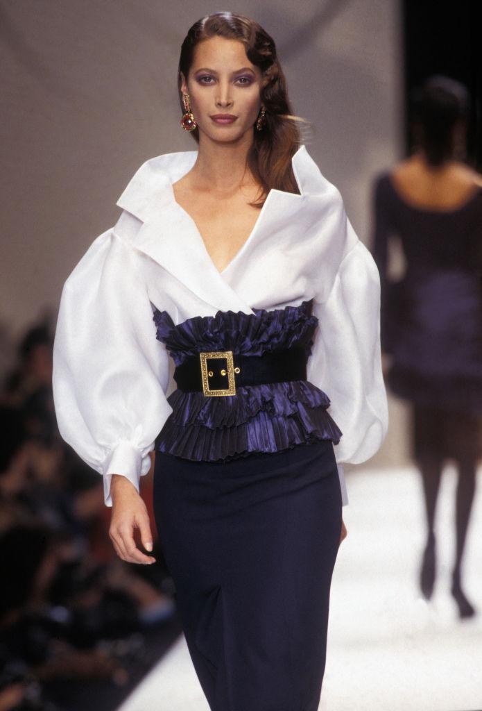15 x kapselinspiratie van de supermodellen uit de jaren 90 - 11