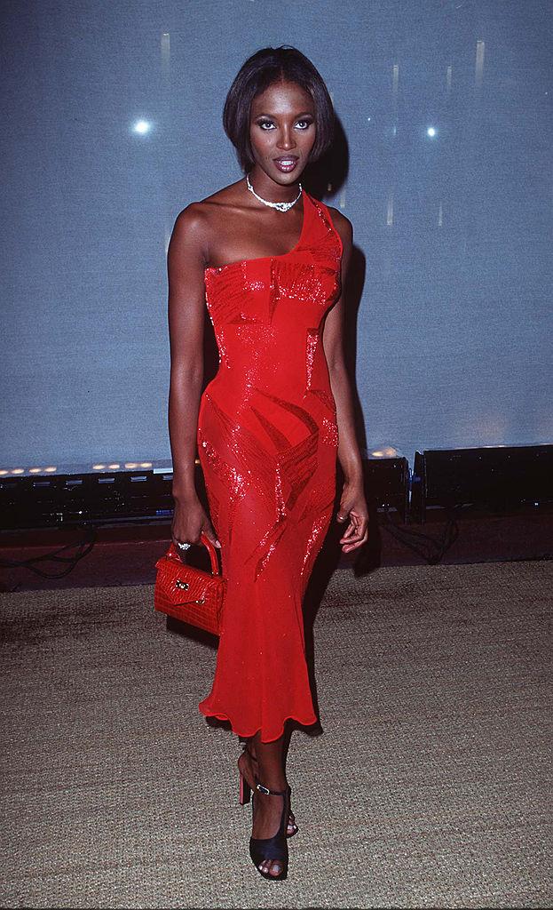 15 x kapselinspiratie van de supermodellen uit de jaren 90 - 10