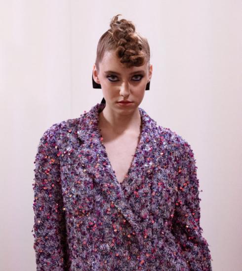 Wij vroegen tips aan een kapper voor de mooiste glamoureuze kapsels